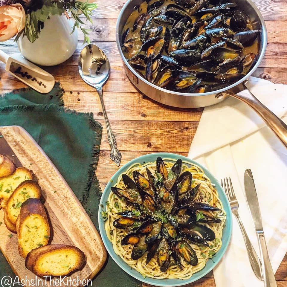 White Wine Steamed Mussels Recipe by Ash's In The Kitchen